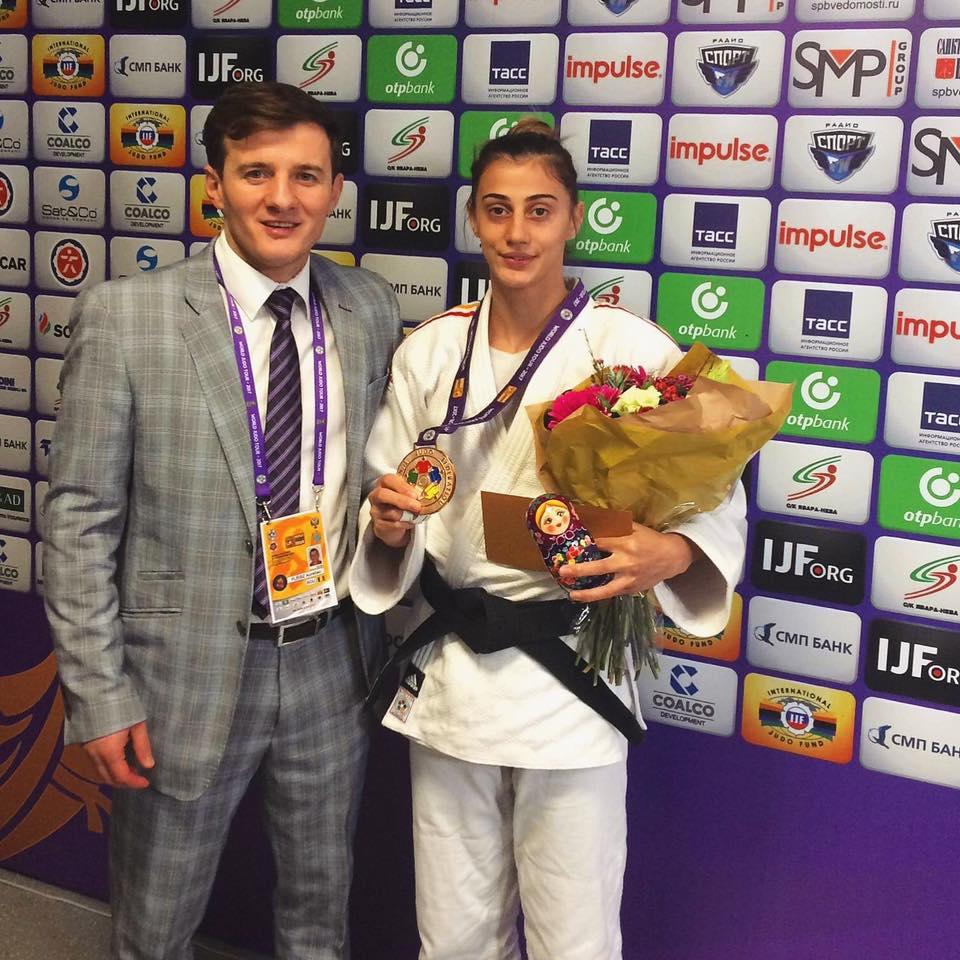 Larisa Florian judo