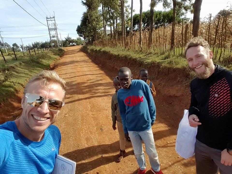 Radu Milea si Marius Ionescu in Kenya