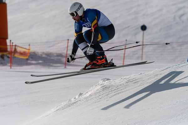 schi alpin și vedere slabă
