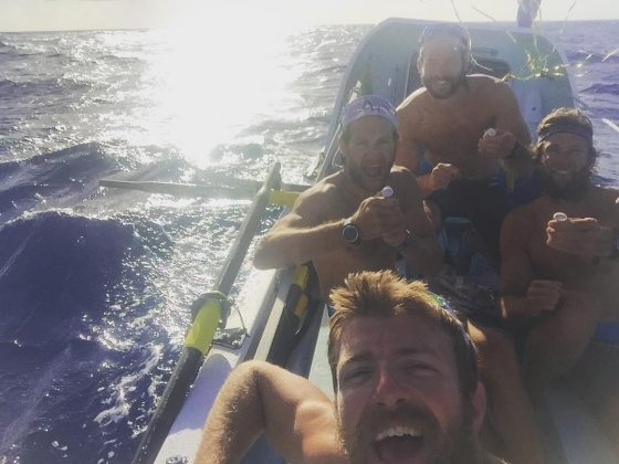 record mondial de traversare al Oceanului Atlantic