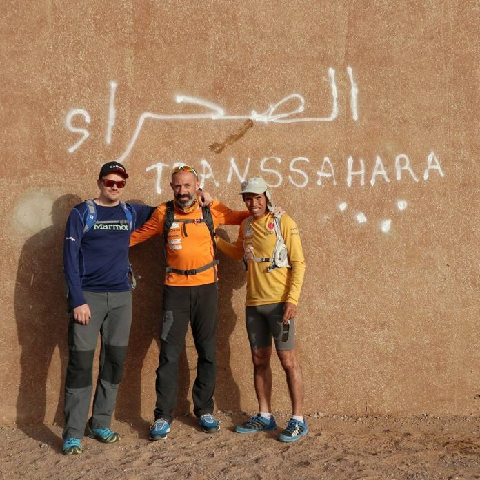 Paul Dicu alearga 1300 km in Sahara. Romanul cucereste desertul.