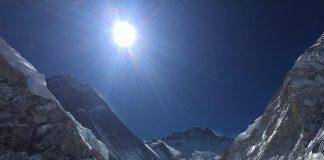 Horia Colibasanu anunta o alta data ca sa atinga Everestul pe o ruta noua.