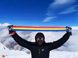 Radu Albu a ajuns la 8000 de metri pe Varful Manaslu din Himalaya!