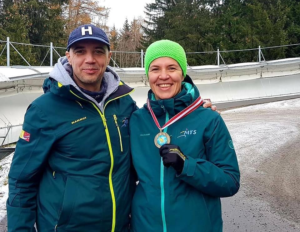 Raluca Stramaturaru a castigat prima medalie in noul sezon de sanie.