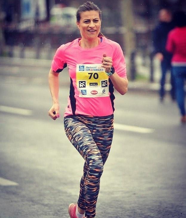 Elena Alexandrescu s-a impus la Gerar la 10.8km. Povestea pasiunii pentru alergare