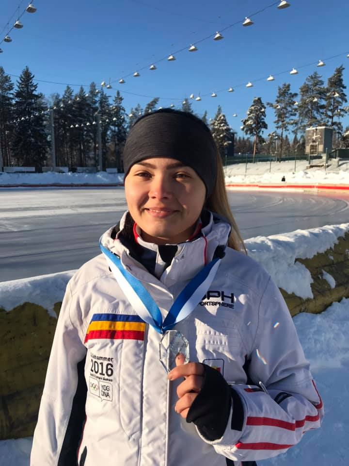 Mihaela Hogas ia medalii in serie la patinaj viteza pe plan international!