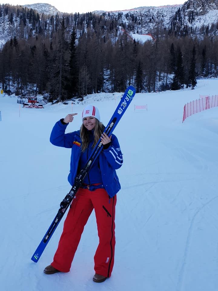 Ania Caill vorbeste dupa victorie la FIS CUP OPEN! Doi schiori romani sunt in TOP3
