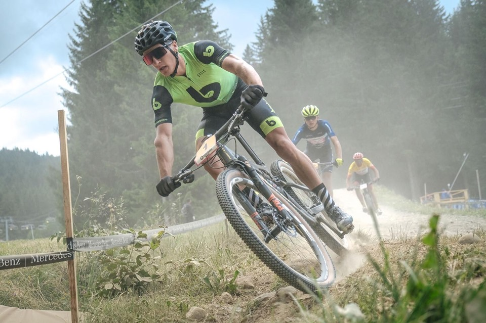 Castigatori la Campionatul National de Mountain Bike! Vlad Dascalu confirma