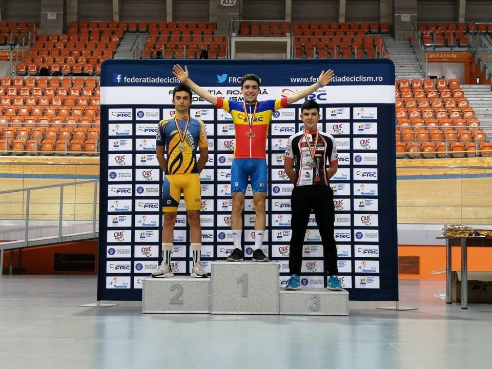 Serban Luncan castiga la ciclism. A jucat tenis dar bicicleta l-a captivat