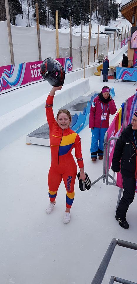 Aur la Monobob prin Georgeta Popescu!Premiera mondiala pentru Romania!