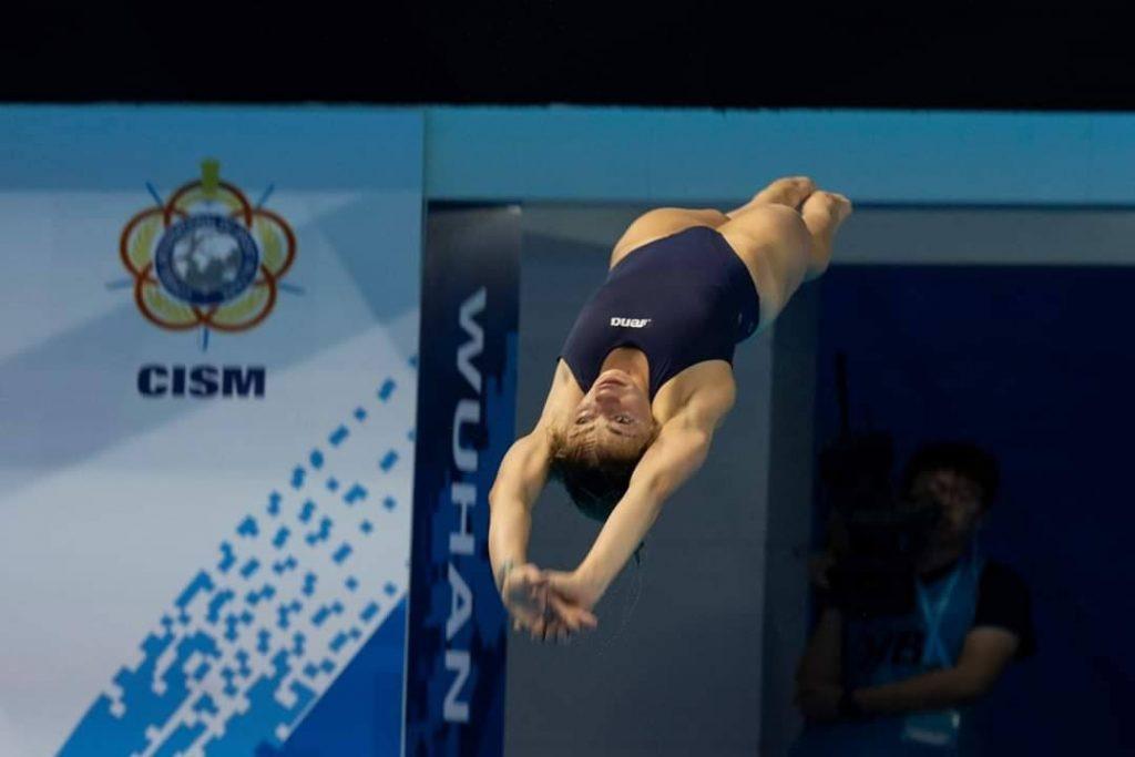 Florin Avasiloae ofera sfaturi pentru sportivii care practica  sariturile in apa.
