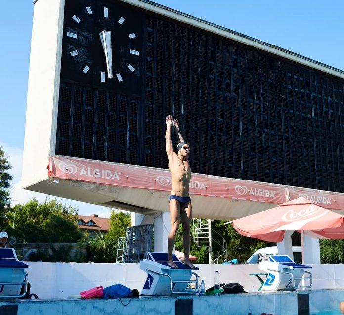 Campioni la inot! Intreceri in bazin de 50 de metri in Bucuresti