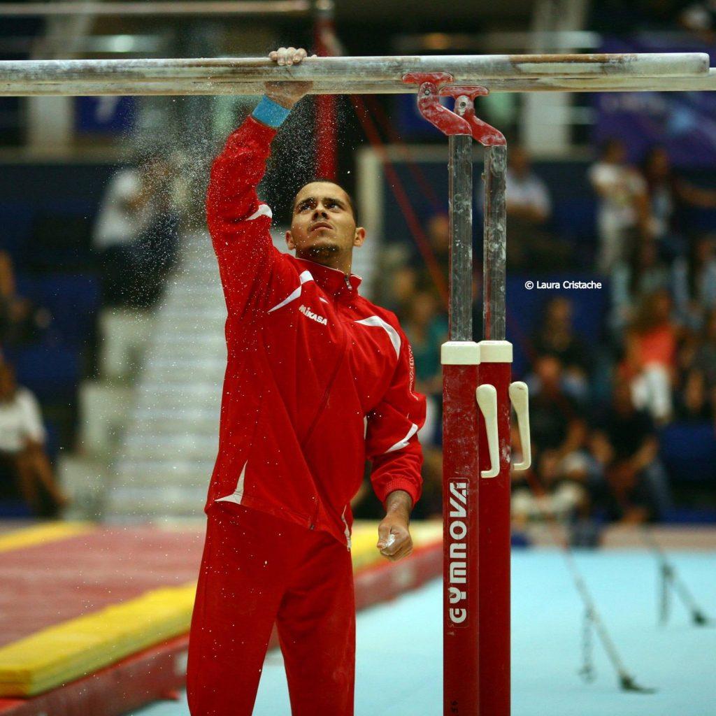 Andrei Groza a câştigat titlul de campion naţional absolut al României la gimnastică