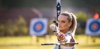 Andreea Uritescu este multipla campioana nationala la tir cu arcul