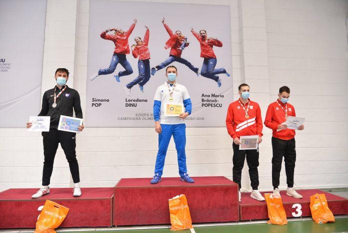 Mario Persu de la CSU Craiova a câştigat titlul de campion naţional la spadă