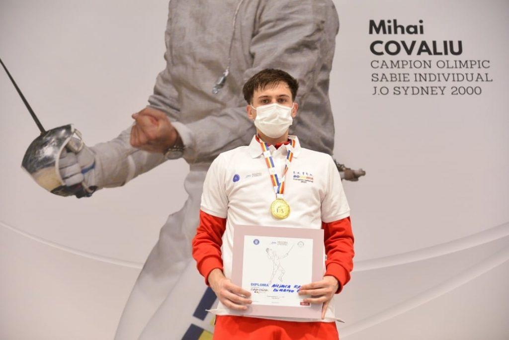 Rareș Ailinca e campion la sabie juniori! Din nou pe podium după Cupa Mondială