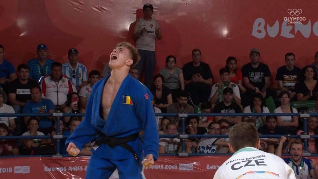 Adrian Şulcă a fost admis la Universitatea din Tokyo, unde se va şi antrena la judo