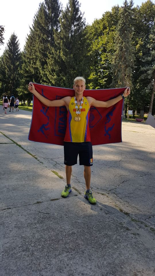 Marian Ivana e campionul Romaniei la pentatlon modern.