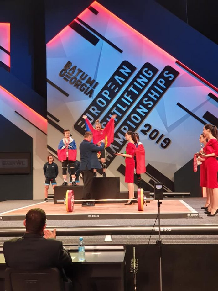Elena Andries are 3 medalii de aur la Campionatele Europene de Haltere