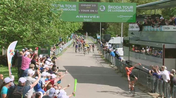 Ciclistul Eduard Grosu se apropie de victorie in Luxemburg!