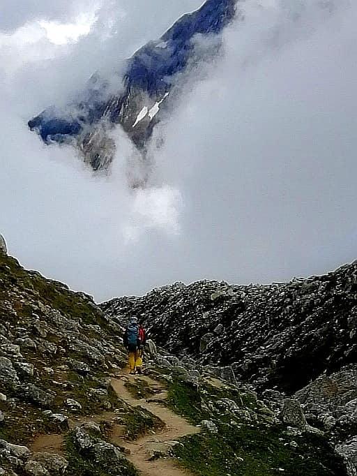 Daniel Toader catre varful Manaslu, 8163 metri, Himalaya