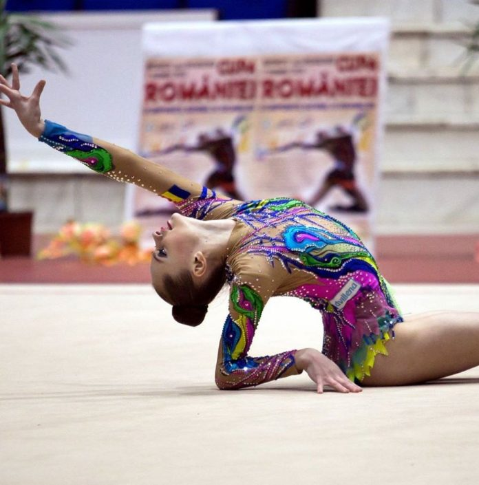 Denisa Mailat are trei medalii de aur la Cupa Irina Deleanu, la gimnastica ritmica