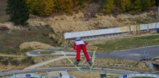Daniel Andrei Cacina este campionul Romaniei la sarituri cu schiurile