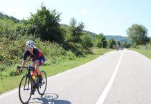 Estera Coteata pedaleaza pana la padure. Vizeaza cursele Road Grand Tour