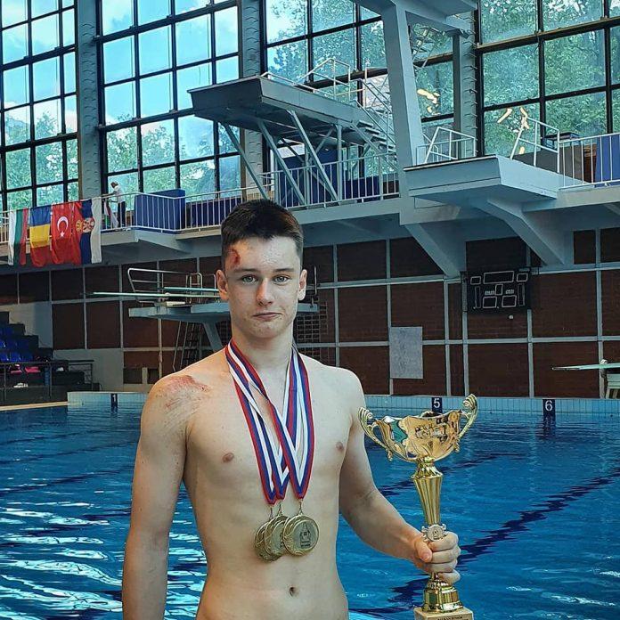 Alexandru Avasiloae caștigă medalii dar trebuie să se recupereze după accidentare